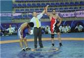 مسابقه انتخابی وزن 84 کیلوگرم تیم ملی کشتی آزاد جوانان برگزار میشود
