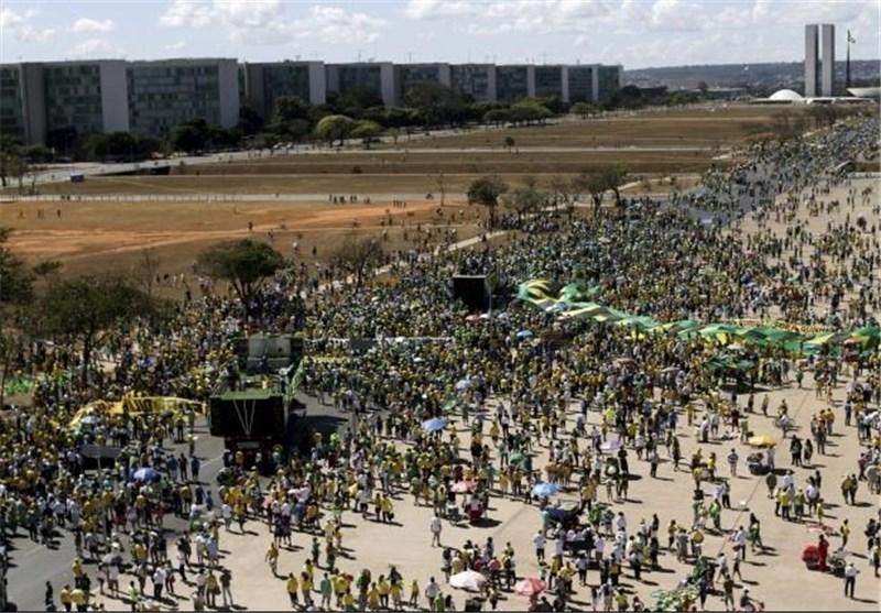 دههاهزار برزیلی خواستار استیضاح روسف شدند + عکس