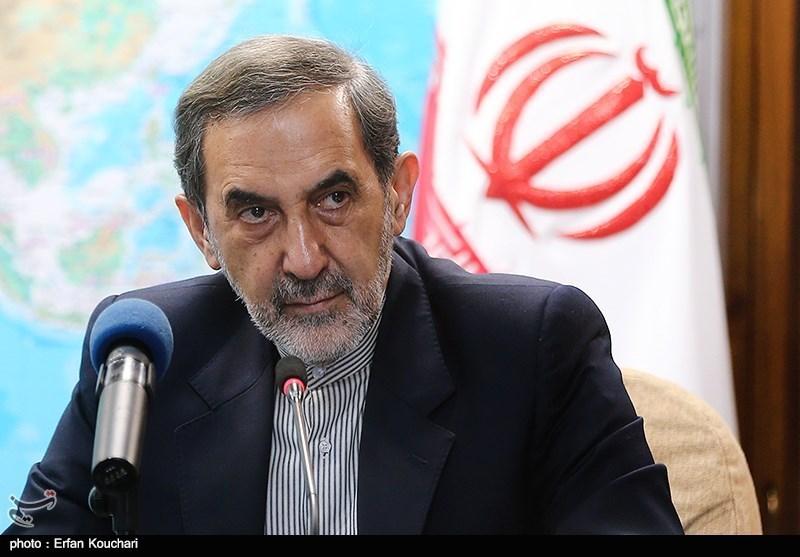 ولایتی: ایران تسلیحات نظامی بیشتری از روسیه میخرد