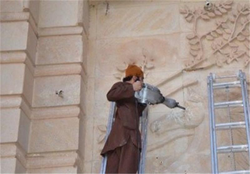 تخریب دیوارهای باستانی نینوا توسط داعش