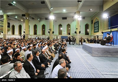 Photos: Supreme Leader Meets Iranian Hajj Officials