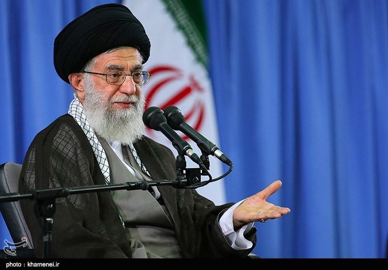 Ayatollah Khamenei: Hajj An Opportunity for Muslim Vigilance against US
