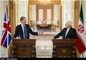 انگلیس برای لغو موانع همکاری بانک ها با ایران تلاش میکند