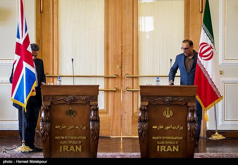 کنفرانس خبری وزرای امور خارجه ایران و انگلیس