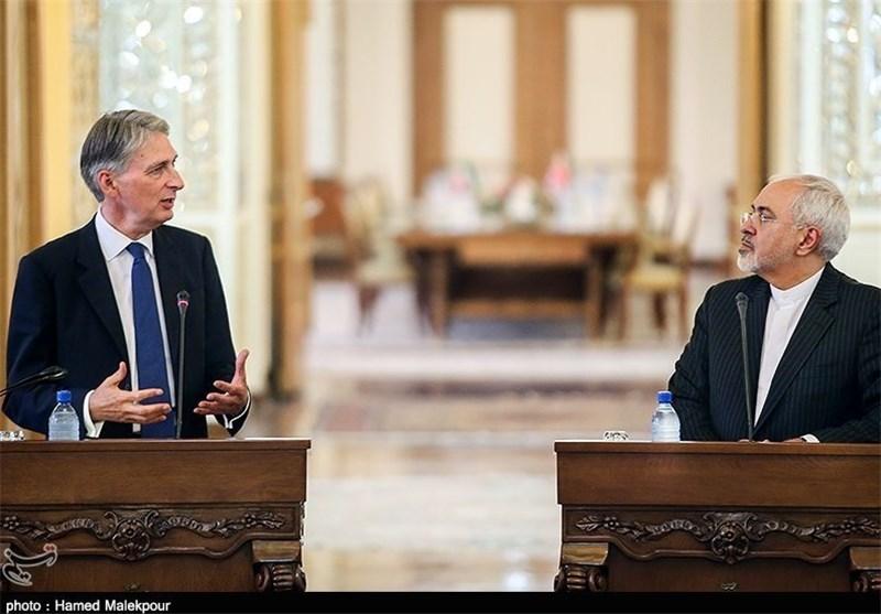 دیدار وزرای خارجه ایران و انگلستان/سفارتها ویزا صادر میکنند