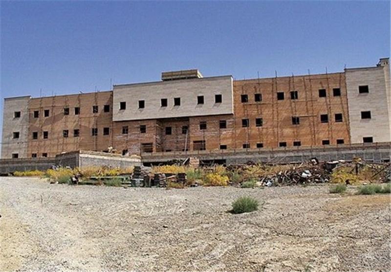 افتتاح فاز به فاز بیمارستان آیت الله بروجردی در وقت اضافه کلید خورد
