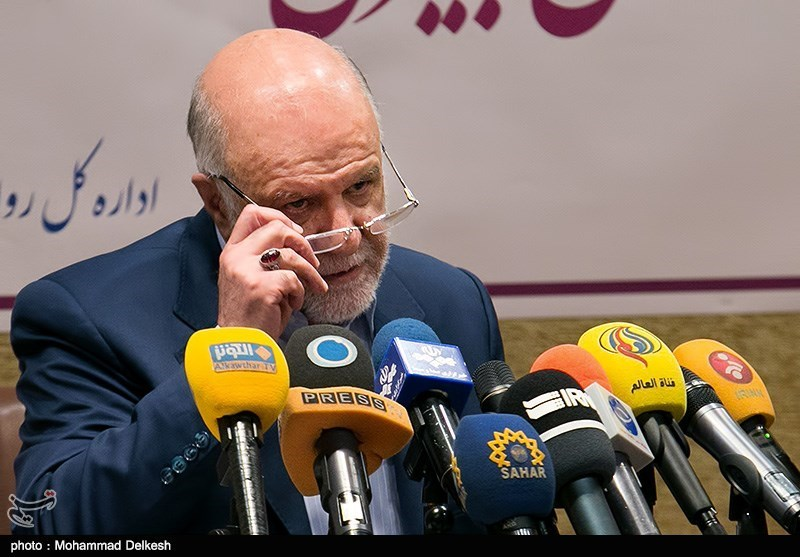Iran's Oil Revenues to Rise by $6bln: Zanganeh Predicts