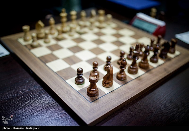 تلاش لابیگر منافقین در مجلس اعیان انگلستان برای تحریم مسابقات شطرنج بانوان در ایران
