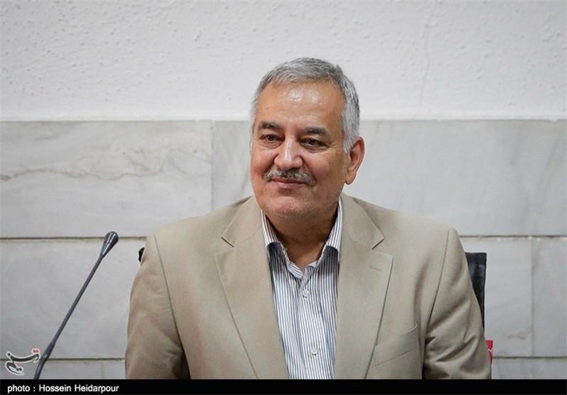 امیر حسینی از زندان مرخصی گرفت