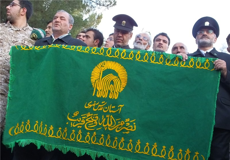 عطر رضوی در جمع کارگران زحمتکش فولاد کرمانشاه پیچیده شد