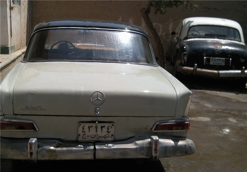 نخستین نمایشگاه خودروهای کلاسیک اصفهان آغاز به کار کرد