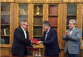 Iran, Russia's Top Science Centers Sign MoU