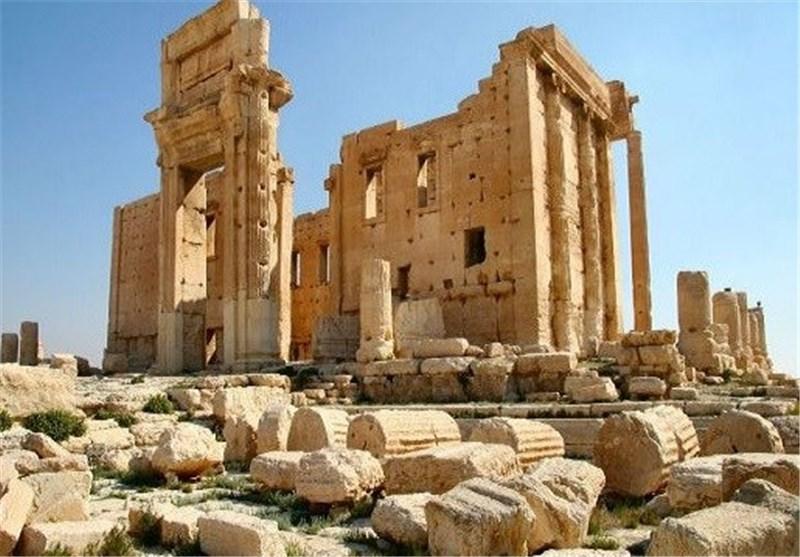 الجیش السوری على بعد أقل من 5 کم من مدینة تدمر الأثریة