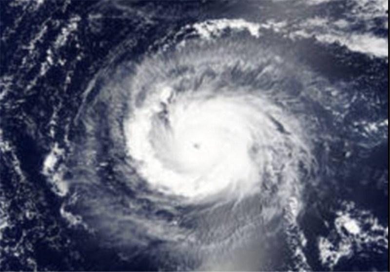 طوفان 10