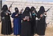 IŞİD'li Terörist Kadınlar Musul'da Kendi Çocuklarını Siper Ediyorlar