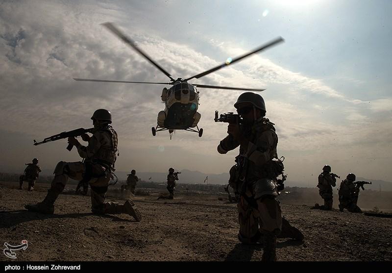 اجرای عملیات اِسپای توسط یگان ویژه فاتحین بسیج در رزمایش اقتدار ثارالله
