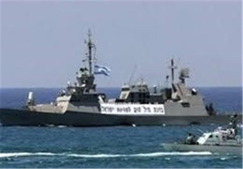 البحریة الصهیونیة تجری تدریبات فی مضائق تیران