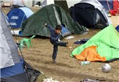 2,500-3,000 Refugees Have Entered Austria from Hungary: Police