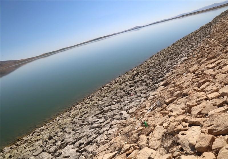 آب سد گلابر استان زنجان به واحدهای صنعتی انتقال مییابد