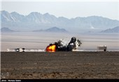 اخبار رزمایش هوایی ارتش| انهدام اهداف دشمن با بمب «یاسین 90»/ تمرین رهگیری هوایی در ارتفاع پست