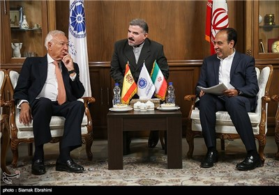 Spanish FM Meets Members of Iran's Chamber of Commerce