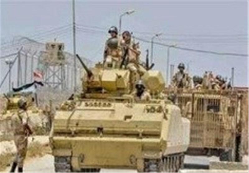 مقتل 29 مسلحاً وعسکریین اثنین فی عملیة عسکریة شمال سیناء