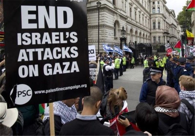 تظاهرات احتجاجیة أمام مقر رئیس الوزراء البریطانی قبیل وصول الارهابی نتنیاهو الى لندن