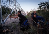 Hungary to Build Second Fence on Border with Serbia to Keep Out Migrants