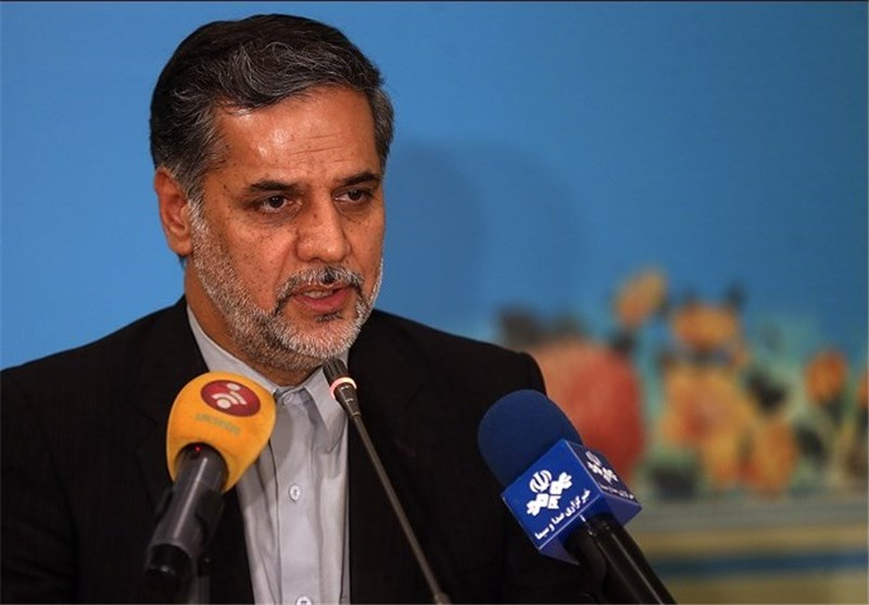 نقوی حسینی: سند 9 بندی رهبرانقلاب درباره برجام باید بازخوانی شود
