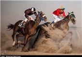 هفته ششم مسابقات اسبدوانی کورس پائیزه کشور در آققلا برگزار شد