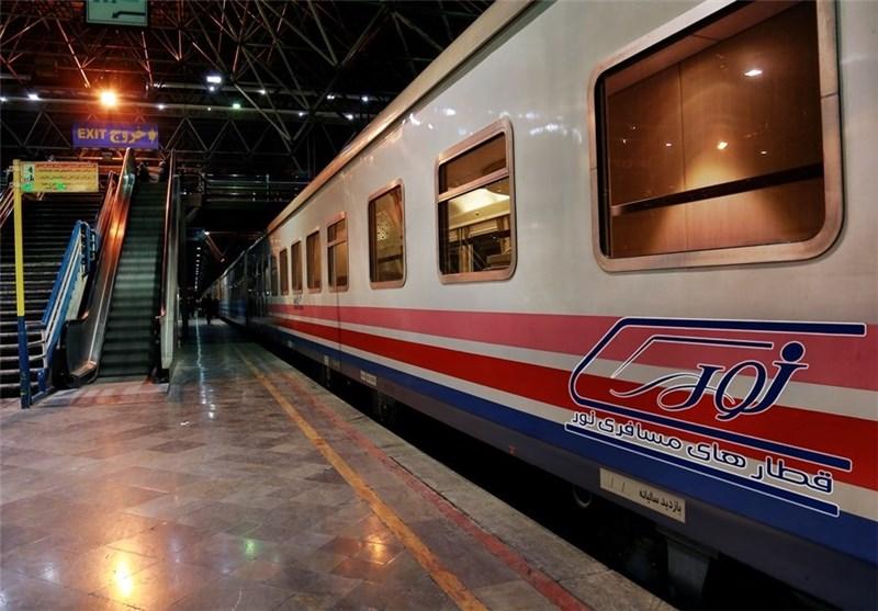 آغاز طرح تجهیز قطارها به کتابخانه در هفته کتاب