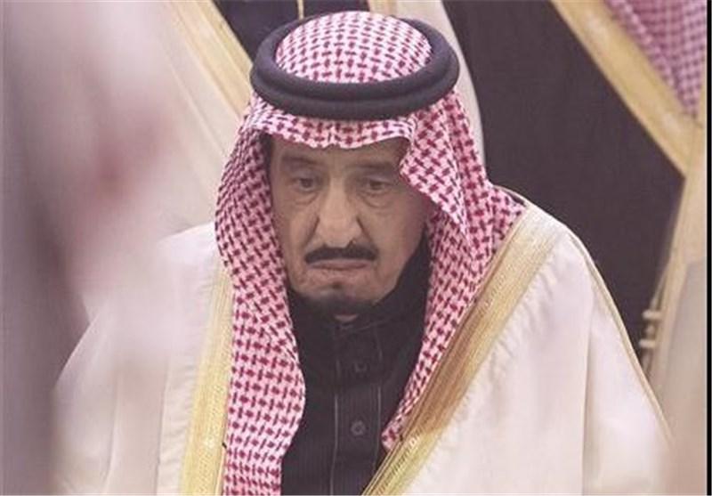 """الملک السعودی یعزی """"شهداء"""" حادث سقوط الرافعة فی المسجد الحرام بدل عوائلهم !!"""