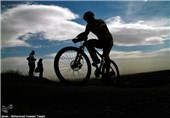 مسابقات دوچرخهسواری بام ایران| قهرمانی فراز شکری در روز نخست