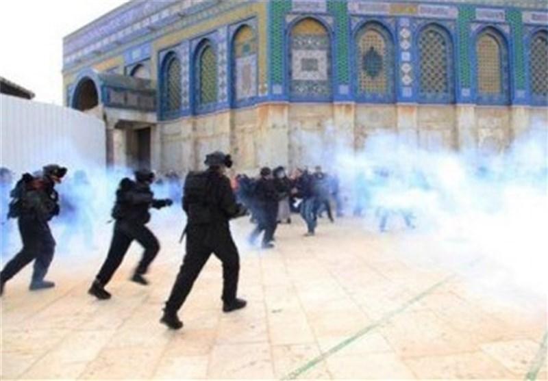 إصابات فی الأقصى جراء اعتداء الاحتلال الصهیونی على المرابطین والمصلین