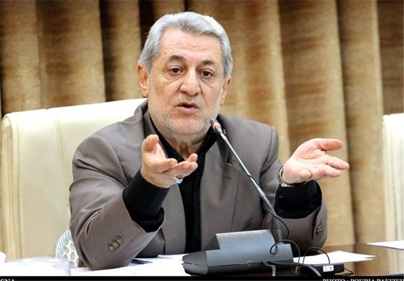 وزارت ارشاد همدان را برای برگزاری برنامههای بینالمللی حمایت کند