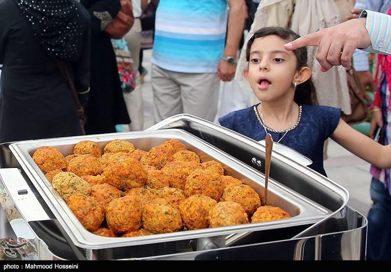 جشنواره غذا به نفع کودکان بی سرپرست