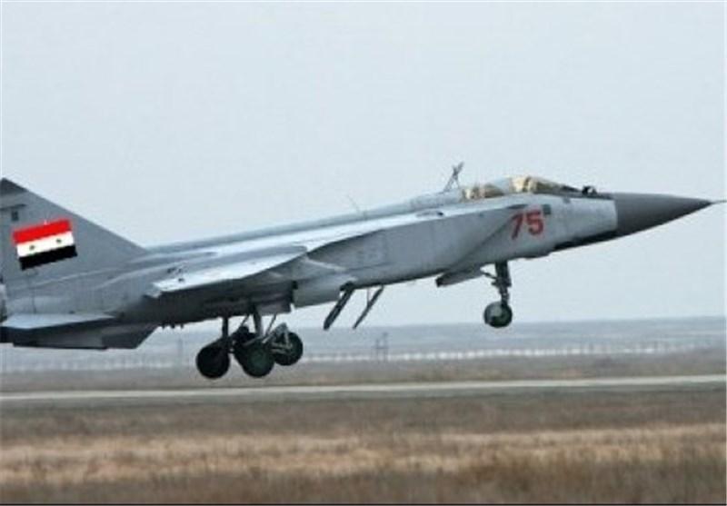"""بغداد """"تسمح"""" للمقاتلات السوریة اختراق الأجواء لملاحقة ارتال """"داعش"""""""