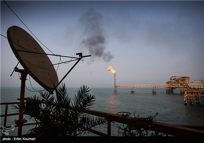نخستین سکوی نفتی خلیج فارس