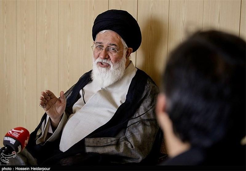"""آیتالله علمالهدی: تغییر نگاه """"ولایتمحوری به قدرتمحوری"""" در احمدینژاد سبب تردید جدی نسبت به وی شد"""