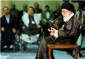 رونمایی از کتاب بیانات رهبر معظم انقلاب درباره شخصیت و مکتب امام(ره)