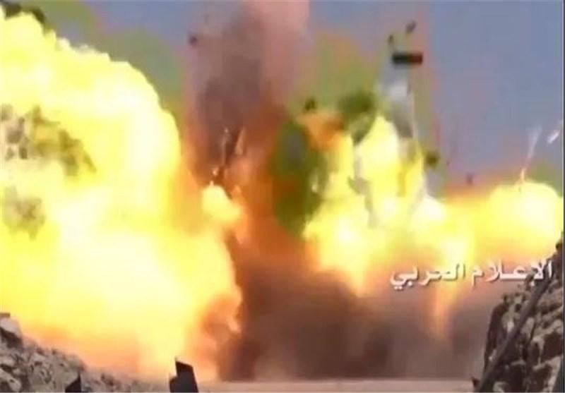 القوات الیمنیة المشترکة تتقدم فی جیزان وتدمر 25 دبابة وآلیة سعودیة + فیدیو