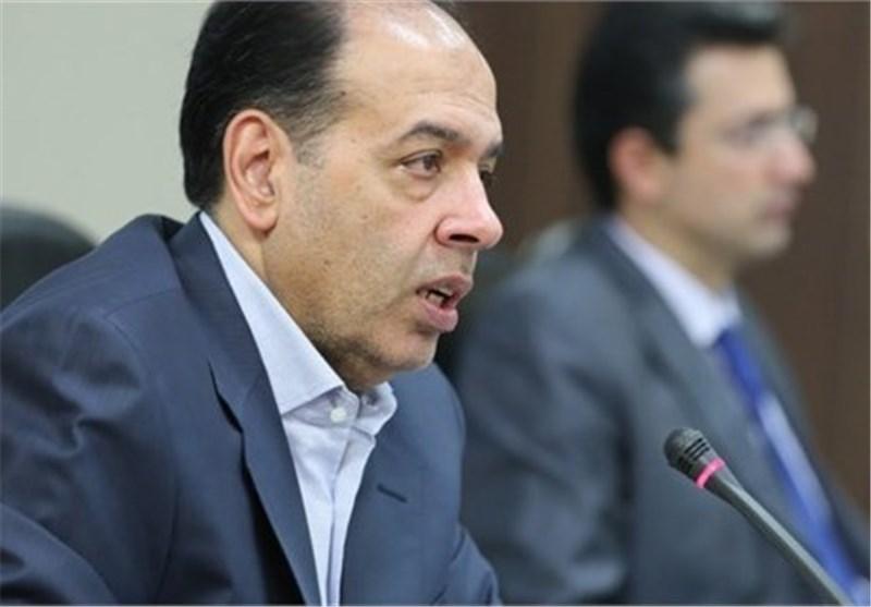 """نقد جلال پور به سخنان """"حسن روحانی"""": بخش خصوصی را سرکوب نکنید"""