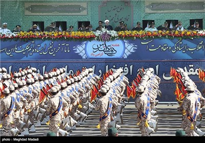 Iranian Armed Forces Stage Parades to Mark Sacred Defense Week