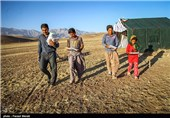 کلاسهای درس دانشآموزان عشایر همدان هنوز دایر نشده است
