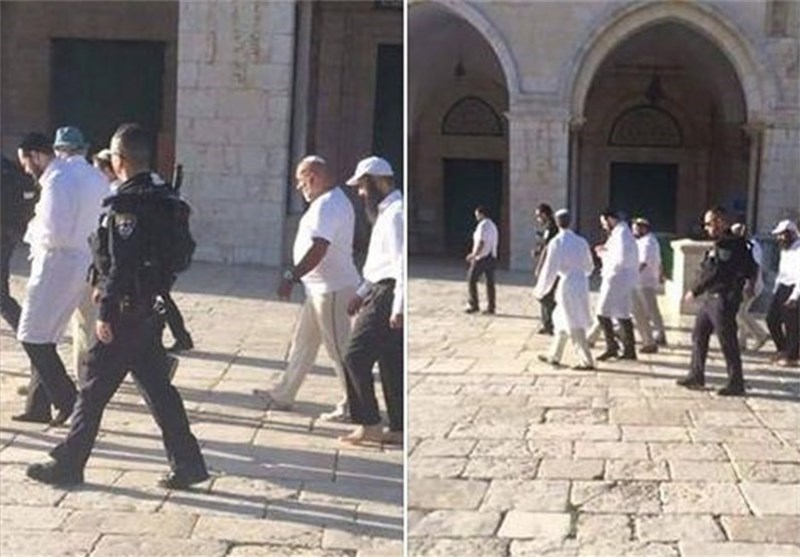 المستوطنون الصهاینة یقتحمون المسجد الاقصى مجدداً والاحتلال یشدد من اجراءاته فی القدس