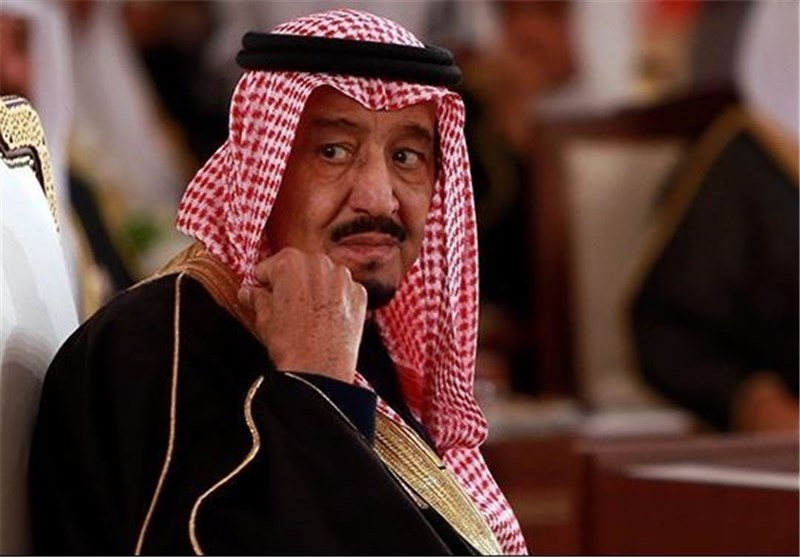 أمیر سعودی یطالب بتغییر النظام وتنحی الملک