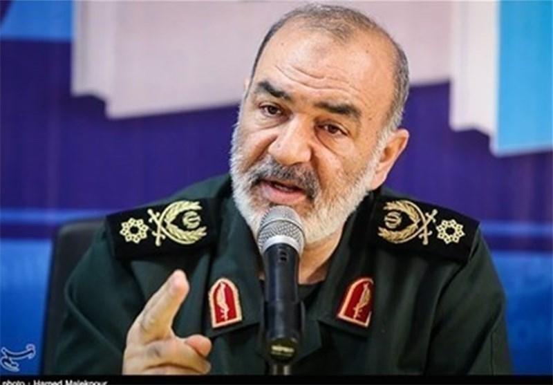 سردار سلامی: هر روز بر موشکها، شناورهای جنگی و موشکاندازهای ایران افزوده میشود
