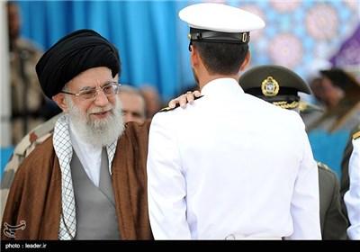 مراسم تخرج دفعة من ضباط الجیش فی جامعة العلوم البحریة فی نوشهر