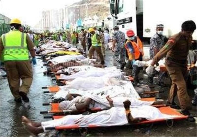 حجاج عائدون: مؤلم أن تری جثث الحجاج تنقل بالجرافات