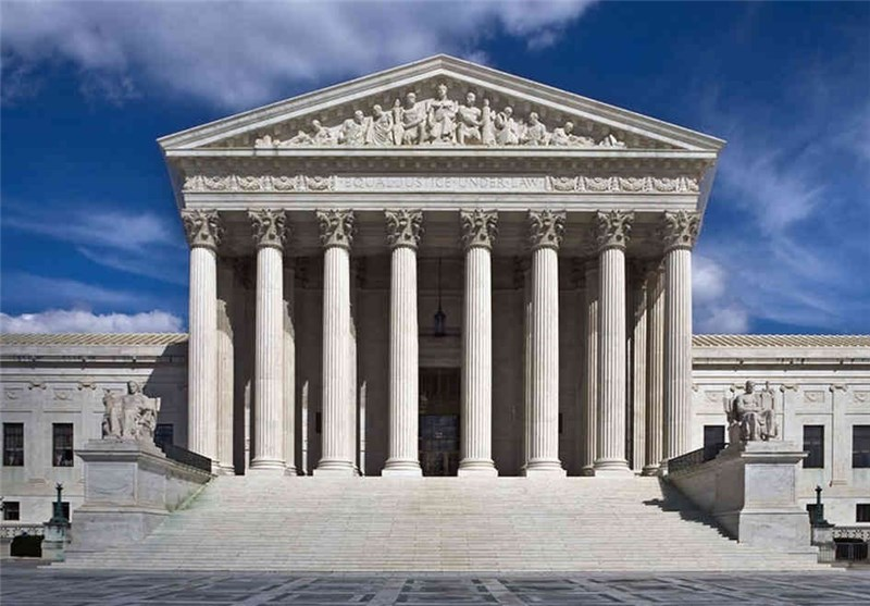 US Supreme Court Rules against Hearings for Immigrants
